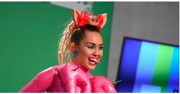 Miley Cyrus is doing her damnedest 'to unintentionally spoil the pro-choice movement' [photos]