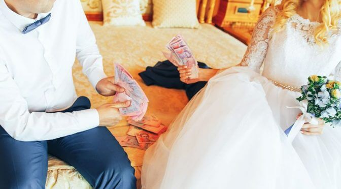 Crazy Wedding Story Of The Week: Bride Scams Friends & Family Out Of $30K In Wedding Donations | Betches