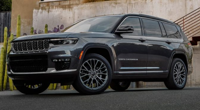 Stellantis Isn't Worried The Jeep Grand Cherokee L Could Steal Sales From The Dodge Durango
